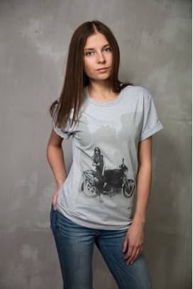 Женская футболка F&F'City / Village